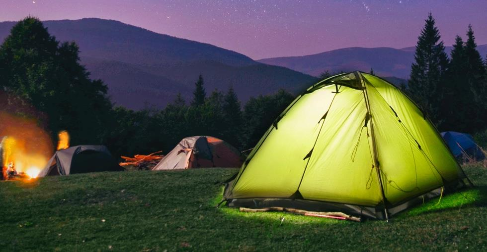 Finding the right campsite is not an easy task, and unexpectedly you can make a mistake when choosing one. To choose the right campsite, you must first be sure of what you are looking for and then think about what are the characteristics you need in a campsite.
